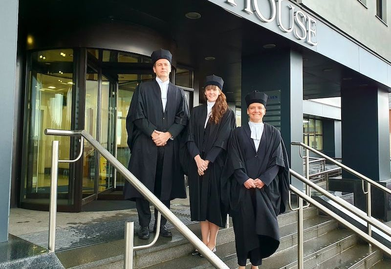 Three sworn in as Guernsey advocates