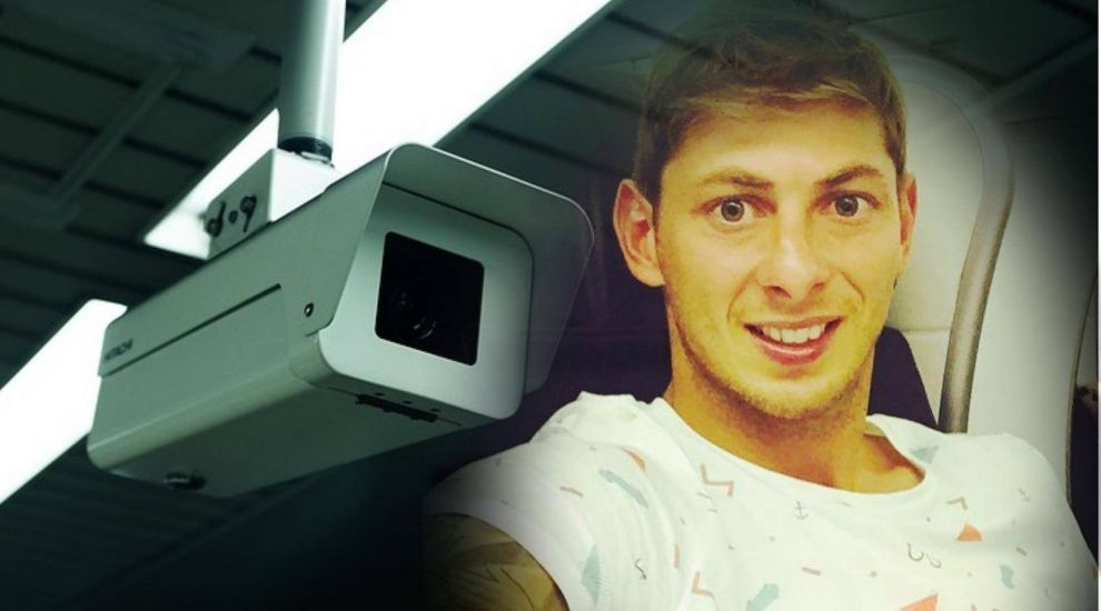 Pair in court over Sala mortuary photos