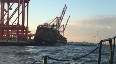 Shipping container evacuated in Liverpool after sharp tilt