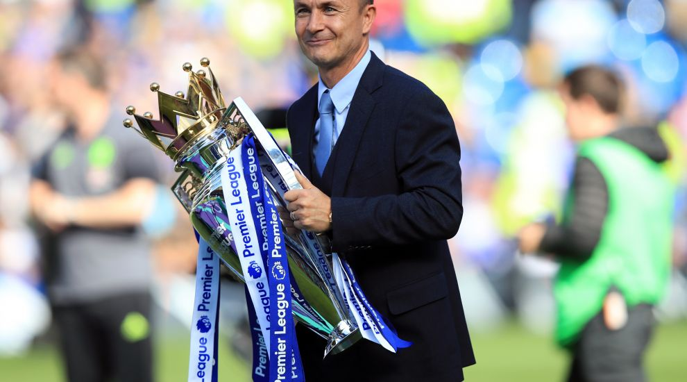 Dennis Wise: Manchester City unstoppable in title race