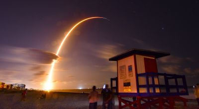 SpaceX launches first internet satellites