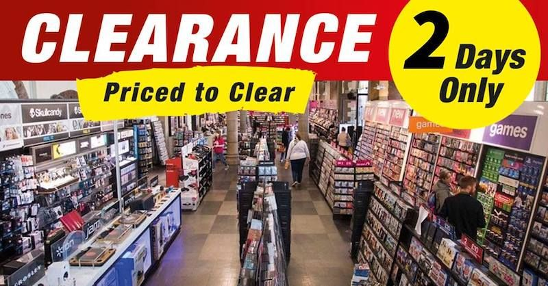 Queues expected on day two of HMV clearance today