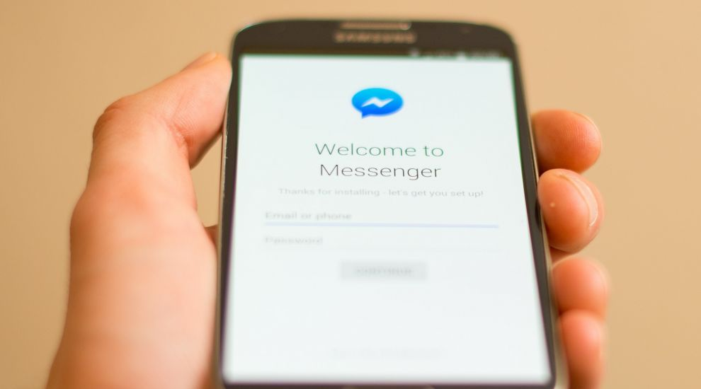 Facebook Messenger enables adding more friends to voice and