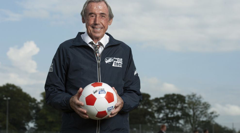 Twitter tributes to World Cup winner Gordon Banks